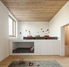House 1014 / H Arquitectes #LBH #Podestbett #Stauraum: