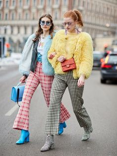 29 Cold-Weather Outfit Ideas From Stockholm's Coolest Street Style Girls Kicking off 2018 in style, it's the Scandi crew at Stockholm Fashion Week. Here are the best street style looks from the chilly Swedish city. Moda Fashion, Trendy Fashion, Winter Fashion, Fashion Outfits, Womens Fashion, Fashion Trends, Plaid Outfits, Style Fashion, Fashion Boots