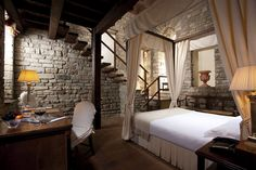 Hotel Lungarno Florence.  Stone-work in the home environment.