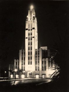 Bullocks Wilshire department store, Los Angeles