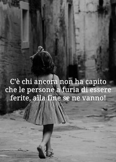 Se ne vanno prima o poi Wise Quotes, Inspirational Quotes, Midnight Thoughts, Cogito Ergo Sum, Famous Phrases, Freedom Life, Italian Quotes, Life Rules, Interesting Quotes