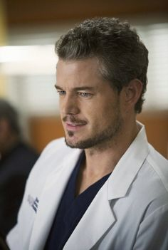 Mark Sloan (Eric Dane) hairstyle image is loading dmjubbn - Hair Styles Eric Dane, Mark Sloan Grey's Anatomy, Grey's Anatomy Mark, Greys Anatomy Men, Greys Anatomy Characters, The Last Ship, Grey's Anatomy Doctors, Hot Doctor, Jackson Avery