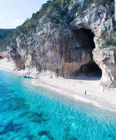 CALA LUNA Golfo di Orosei (Sardegna)