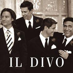He encontrado Regresa A Mi (Unbreak My Heart) de Il Divo con Shazam, escúchalo: http://shz.am/t40539970