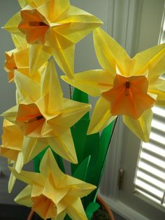 Origami Paper Daffodils by DearBetsy on Etsy