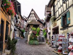 Eguisheim France Picturesque Village - Amazing World Places Travel Guide To See Beautiful World Places To Travel, Places To See, Wow Travel, Image Paris, Hello France, Visit France, Medieval Town, Blog Voyage, Travel Images