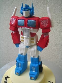 1000 Images About Transformers Fondant Cake On Pinterest