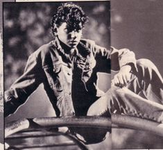 The Outsiders Photo: Johnny:) The Outsiders Johnny, The Outsiders Cast, The Outsiders Preferences, The Outsiders Imagines, Sad Movies, I Movie, Ralph Macchio The Outsiders, Dallas Winston, Karate Kid Cobra Kai