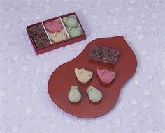 とらやが「和菓子の日」限定お菓子発売 - 室町時代からの伝統行事に向けた、蒸し羊羹や饅頭ボックス   ニュース - ファッションプレス