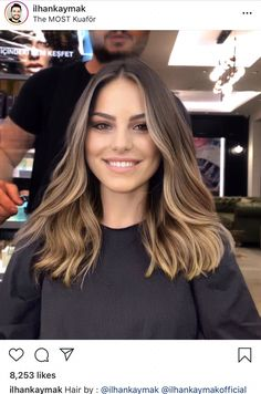 Hair is an important material primarily composed of protein, notably keratin. Hair care is your hair type. Your hair goals. Your favorite hair color Here you find all the possible methods to have perfect hair. Brown Hair Balayage, Balayage Brunette, Hair Color Balayage, Ash Blonde, Bronde Balayage, Sombre Hair, Summer Hair Color For Brunettes, Honey Balayage, Short Blonde