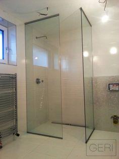 Sprchová zástena z dvoch fixných panelov