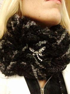 Arm knitting not total black!
