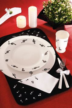 Jogo de jantar completo com pintura musical  This es perfecto!!! I waaaannt…. :):):)