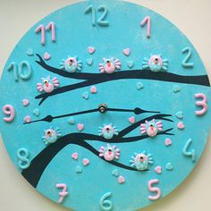 «#julietcreazioniinfimo #handmade #madewithlove #polymerclay #fimo #owls #owl #lightblue #pink #gufi #gufetti #azzurro #rosa #orologio #clock #hearts»
