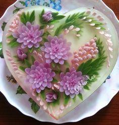 Sắp hết ý tưởng cho khuôn tim rồi. Vẫn là hoa tím tím được các bạn thích nhiều nhất.