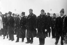 Capitanul CZC, generalul Cantacuzino şi reprezentantul Spaniei naţionaliste la inmormantarea lui Mota si Marin Right Wing, Marines, Iron, Romania, Steel