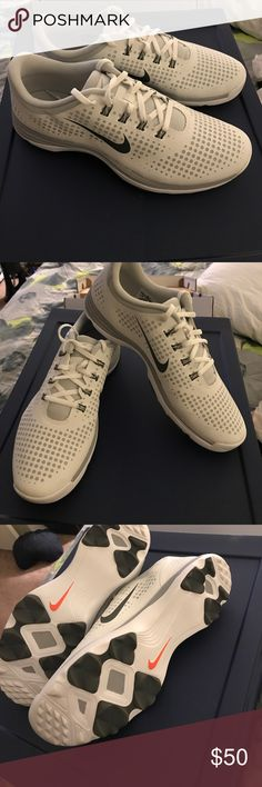 New and never worn Nike Golf Shoes White and gray Nike golf shoes with soft spikes. They have never been worn before Nike Shoes