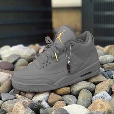 Shopping For Men's Sneakers. Searching for more information on sneakers? Then simply click through right here to get extra info. Mens Sneakers In Pakistan Air Jordan Sneakers, Nike Air Shoes, Jordan Tenis, Jordan Nike, Running Sneakers, Jordan Shoes Girls, Girls Shoes, Jordans Girls, Shoes For Men