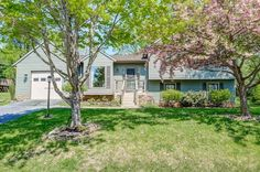 Elke Thornton-Husch of RE/MAX® Results just listed 6587 Nyasa Bend New Market MD 21774 Soon to be FEATURED ON HGTV 'House Hunters'! Over 2,200 Sq.Ft. finished living space in this super bright, open home! REMODELED top to bottom! 50 year Architectural Roof! 4 large levels! Level Yard! Beautiful updated Kitchen with Granite, Stainless Steel and upgraded cabinets! Upgraded Carpet! 4 Bedrooms! Huge Family Room plus play room/office with outside entrance! 1 1/2 Car Gar! Location close to beach,