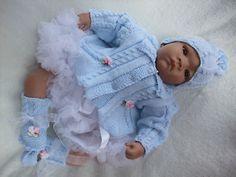 Knitting Patternto Make Robinia Baby/Doll Matinee Set Knitting Patterns Uk, Baby Cardigan Knitting Pattern Free, Baby Patterns, Knitting Stitches, Baby Doll Clothes, Doll Clothes Patterns, Baby Dolls, Babies Clothes, Reborn Dolls