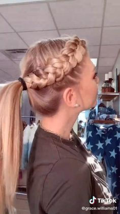 Braided Ponytail Hairstyles, Easy Hairstyles For Long Hair, Cute Cheer Hairstyles, Running Hairstyles, Hairstyles For Working Out, Cheerleader Hairstyles, Braided Hairstyles For Short Hair, School Hairstyles For Teens, Sport Hairstyles