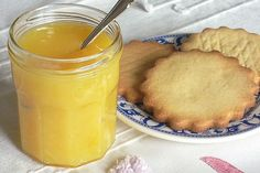 Lemon curd: the best recipe – The most beautiful recipes Lemond Curd, Sweet Recipes, Cake Recipes, Drink Recipe Book, Good Food, Yummy Food, Easy Cooking, Sweet Tooth, Food And Drink