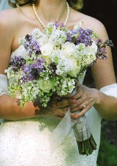 wedding bouquets in purple lavender blue and champagne | Moments In Color