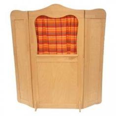 Das Kasperletheater aus Holz ist aus Massiv Buche erstellt worden.