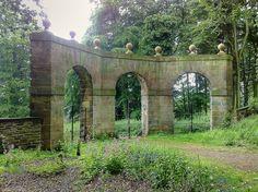 Archer's Hill Gate W
