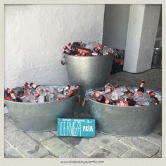 Por fin desvelamos la sorpresa. Rosa, una de nuestras queridas #Lovers2014 nos encargó una misión muy especial. Montar un fiestón sorpresa para el 40 Cumpleaños de Sancho...  LOVE #love #amor #happy #feliz #sabado #cerveza #Cruzcampo #cervezafria #hawaii #party #verano #summertime #sol #sun #Cádiz #iceland #wedding #weddingplanner #boda #bodasbonitas #bodasunicas #deco #handmade #inspiration
