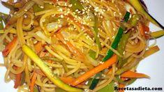Espaguetis con verduras estilo chino - List of the best food recipe Asian Recipes, Mexican Food Recipes, Vegetarian Recipes, Healthy Recipes, Ethnic Recipes, Pasta Soup, Batch Cooking, Spaghetti Recipes, International Recipes
