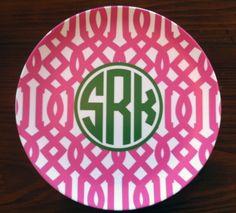 Cute monogrammed plates!!