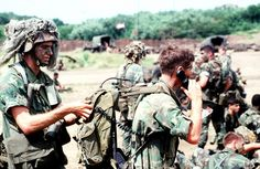 US paratroopers during Urgent Fury (1983).