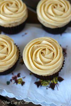 Pumpkin Rose Cupcake {use recipe for pumpkin buttercream frosting with my pumpkin cupcakes}