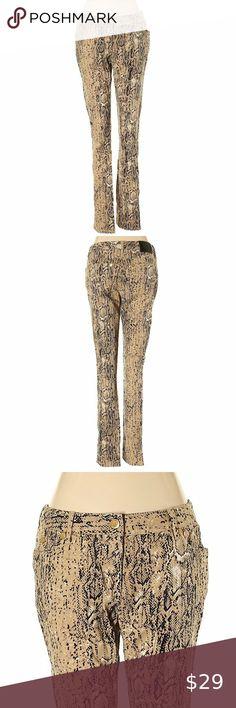I just added this listing on Poshmark: Vince Camuto Medium Tan Animal Print Skinny Jeans. Skinny Dress Pants, Red Skinny Jeans, Printed Skinny Jeans, Denim Fashion, Skirt Fashion, Boho Fashion, Tweed Mini Skirt, Vince Camuto Dress, Colored Denim