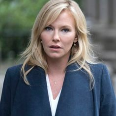 Kelli Giddish on Her Law & Order: SVU Baby Surprise and What's Ahead for Rollins | E! Online
