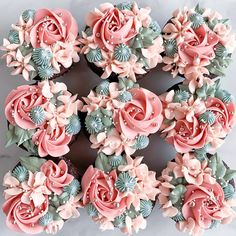 Pretty Cupcakes, Wedding Cakes With Cupcakes, Wedding Cakes With Flowers, Yummy Cupcakes, Cake Decorating Techniques, Cake Decorating Tips, Cookie Decorating, Cupcake Cake Designs, Cupcake Cakes