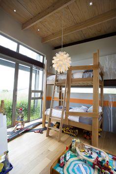 Custom made bunk bed Raw oak, natural materials, unique designed kids bedroom. Glass Structure, Natural Materials, Bunk Beds, Kids Bedroom, Modern Architecture, Mid-century Modern, Bedrooms, Mid Century, Unique