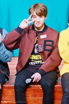 © Anything But U | Do not edit.