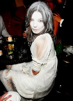 Daria Werbowy goes all-white in her ghost costume. // #Celebrity #Halloween