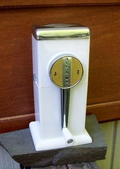 Vintage 1950s Ice-O-Matic Ice Crusher Retro Barware Wall/Counter Mount