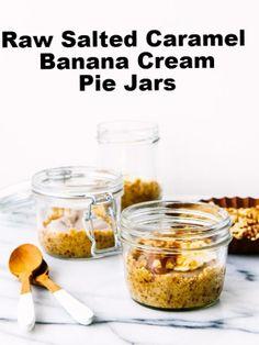 Salted Caramel Banana Cream Pie Jars via ohladycakes.com // #banana ...