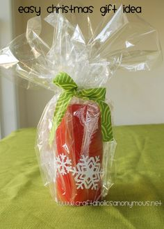 """is it too early to start thinking about christmas gifts? NO!! if you're planning to do handmade christmas gifts this year, check out this cheap, easy gift idea to get your gift giving ideas rolling.      this is so simple! this is just a 6"""" red pilla"""