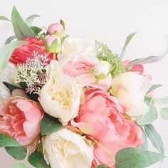 107 Best Coral Peach Pink Flowers Images Coral Wedding Flowers