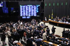 Câmara aprova projeto que altera regras sobre julgamento de militares