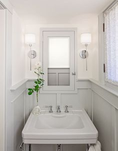 Benjamin Moore seapearl oc-19 and hc-170 stonington gray
