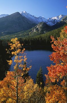 Autumn, Rocky Mountain NP.   The best time to go!
