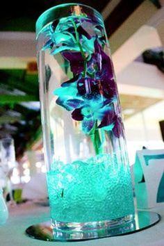 light turquoise and purple wedding Peacock Wedding, Purple Wedding, Trendy Wedding, Wedding Colors, Our Wedding, Wedding Flowers, Dream Wedding, Wedding Turquoise, Purple Teal Weddings