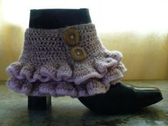 Steampunk ruffled cover for boots, I want to make these!  I love this steampunk look.  I think I shall have to make!!!