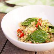 Quinoa, Tuna and Chickpea Salad: Quinoa Tuna and Chickpea Salad